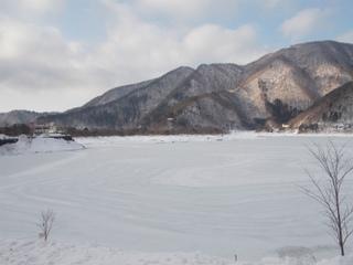 s7精進湖湖面.jpg